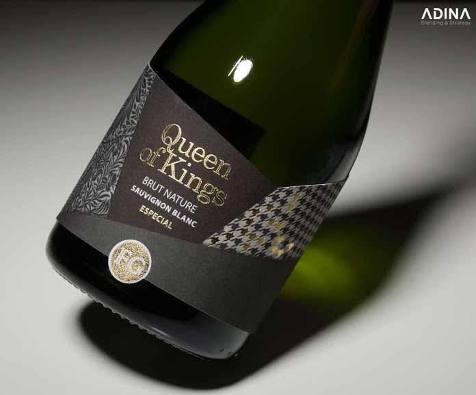 Mẫu thiết kế bao bì rượu sang trọng Queen of Kings (Ảnh: Internet)