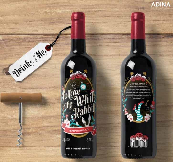 """Thiết kế bao bì rượu vui nhộn """"Follow the White Rabbit"""" Wine Label (Nguồn: Internet)"""