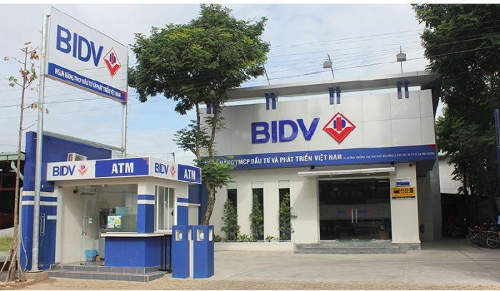 Biển bảng quảng cáo ngân hàng BIDV (Nguồn: Internet)