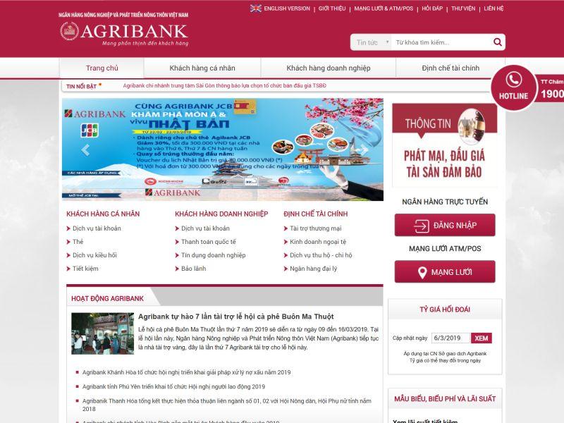 Website ngân hàng trong bộ nhận dạng thương hiệu (Nguồn: Sưu tầm)